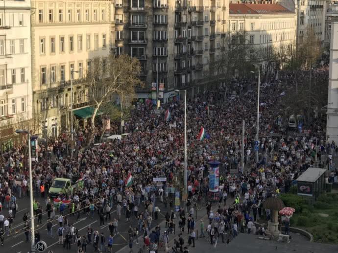Угорщина, Будапешт протести