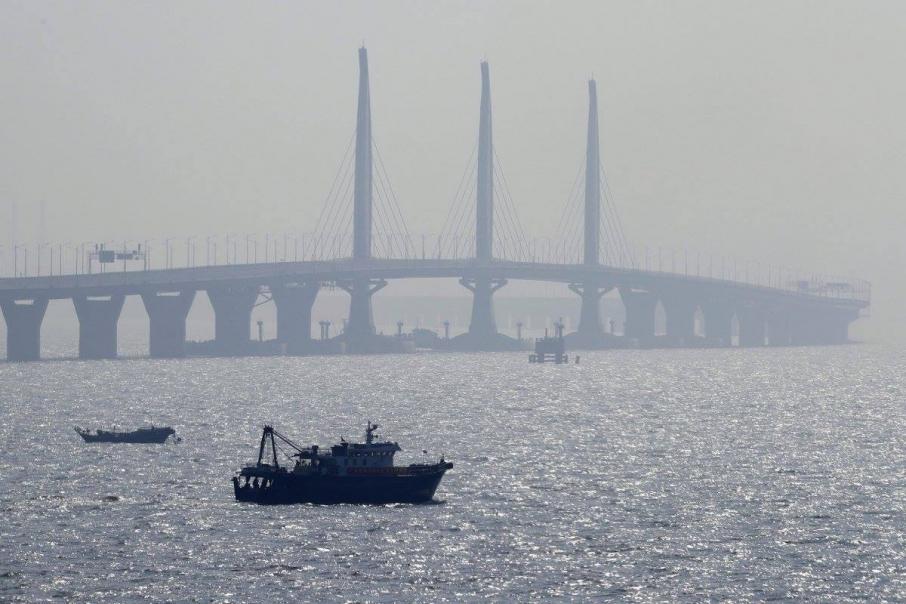 Китай знову відкриє найдовший у світі міст