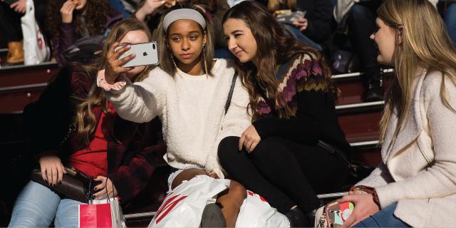 соціальні мережі і підлітки