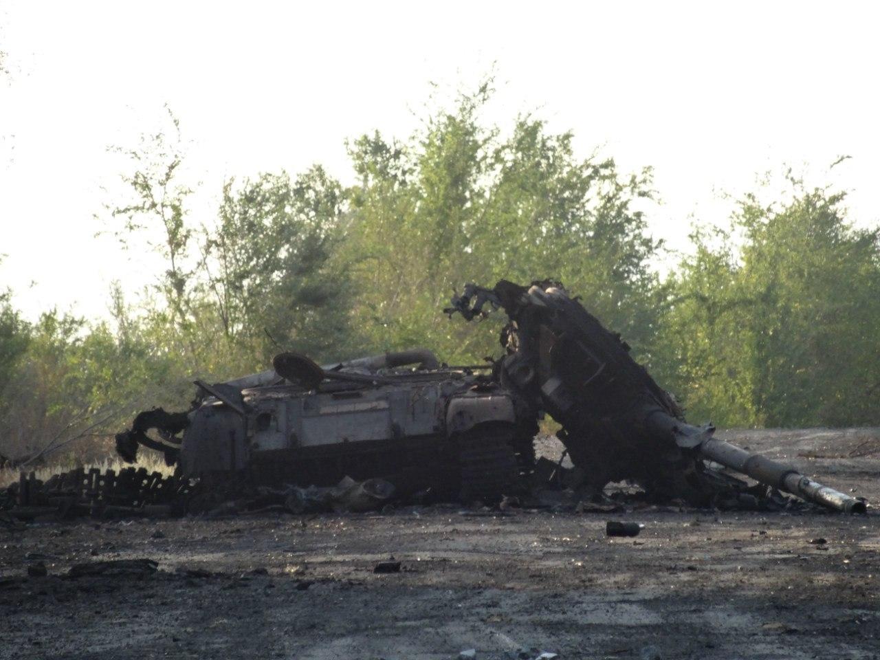 Один з підбитих російських танків