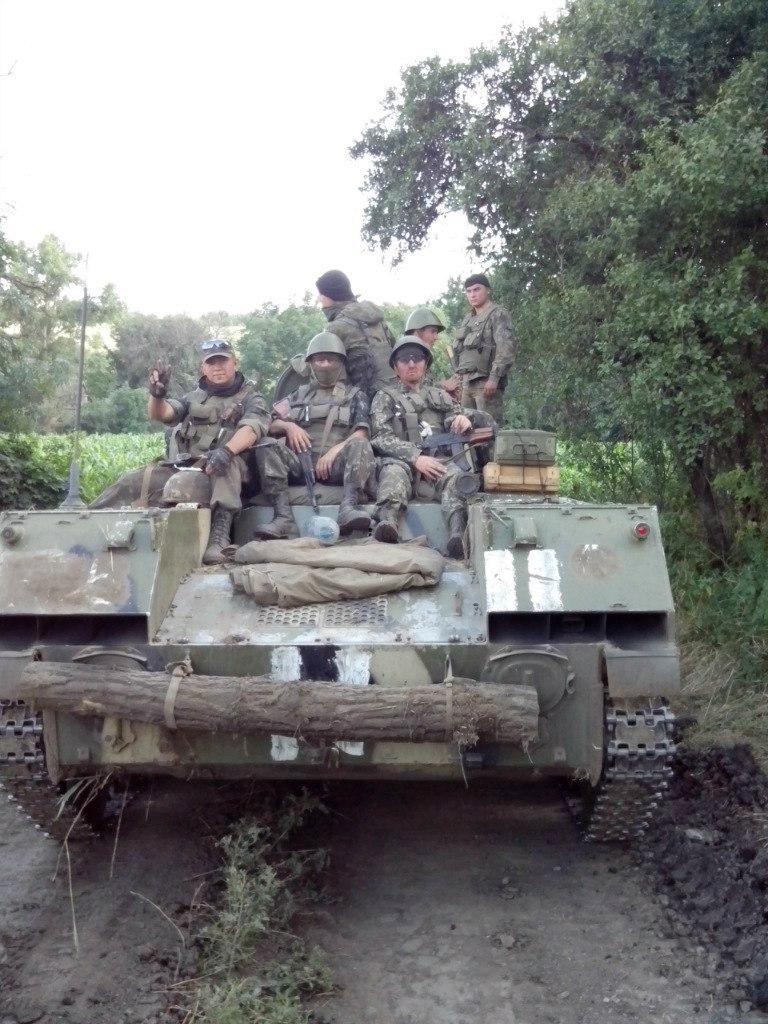 Бійці 25-ї бригади під час літніх боїв