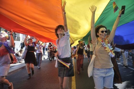 ЛГБТ у Сербії