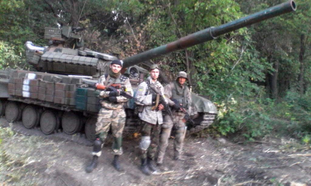"""Правий сектор"""" в обороні Донецького аеропорту"""