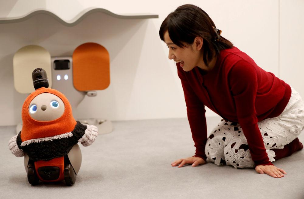 робот пінгвін