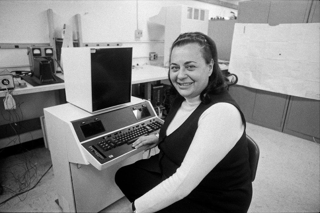 Евелін Біразін, що винайшла текстовий редактор