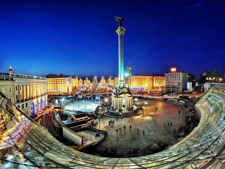 В Киеве возле Майдана суд забрал часть земли у компании, связанной с  нардепом   Рубрика