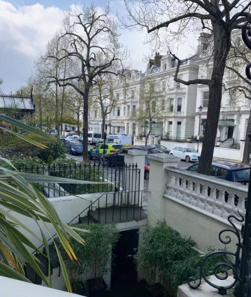У Британії стався напад на авто посла України