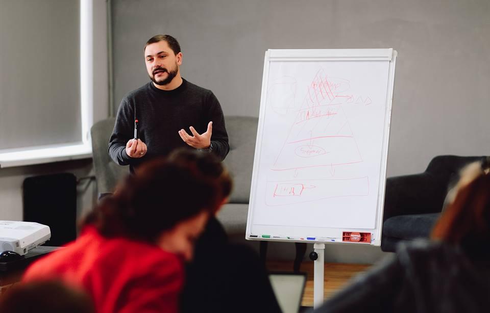 Молодь змінить Україну
