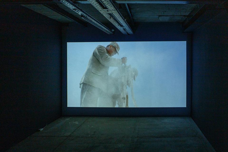 Адріан Пачі. Колона, 2013