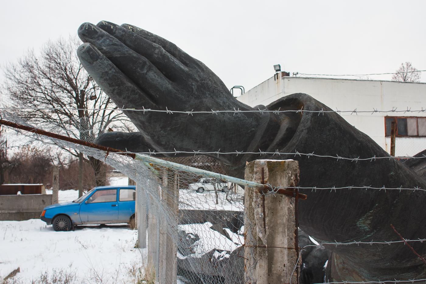 Про монументи республіки, 2014-2019