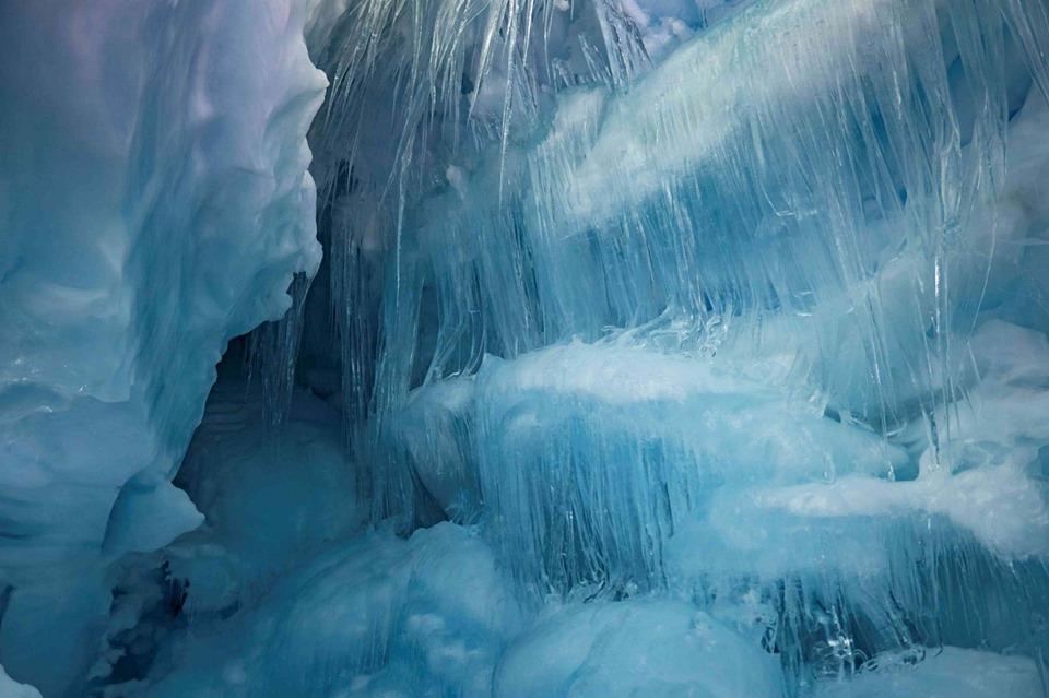 Антарктида печера
