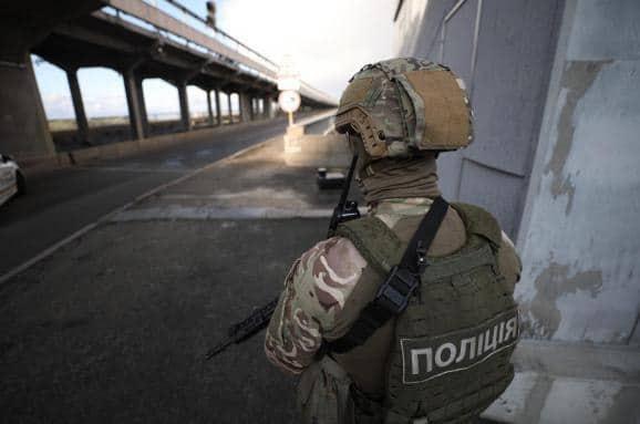 На київському мосту загроза теракту