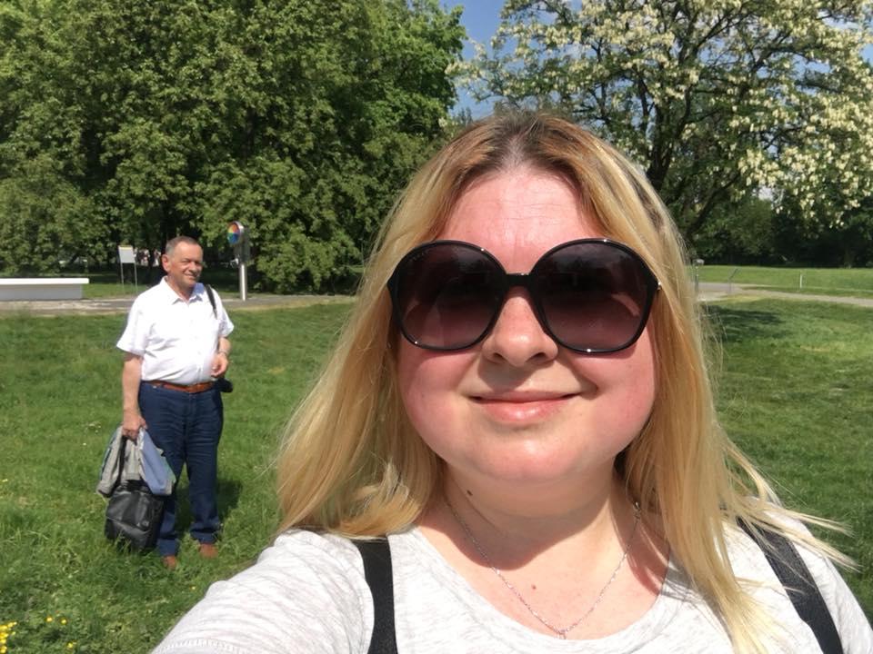 """""""Тато сходив зі мною в парк і купив мені йо-йо. Катя, 32 рочки"""", — напише у травні 2018 року Катя."""