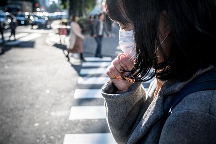 забруднення повітря Японія маска