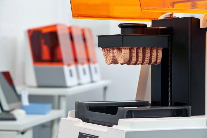 3D-принтер для друку зубних протезів
