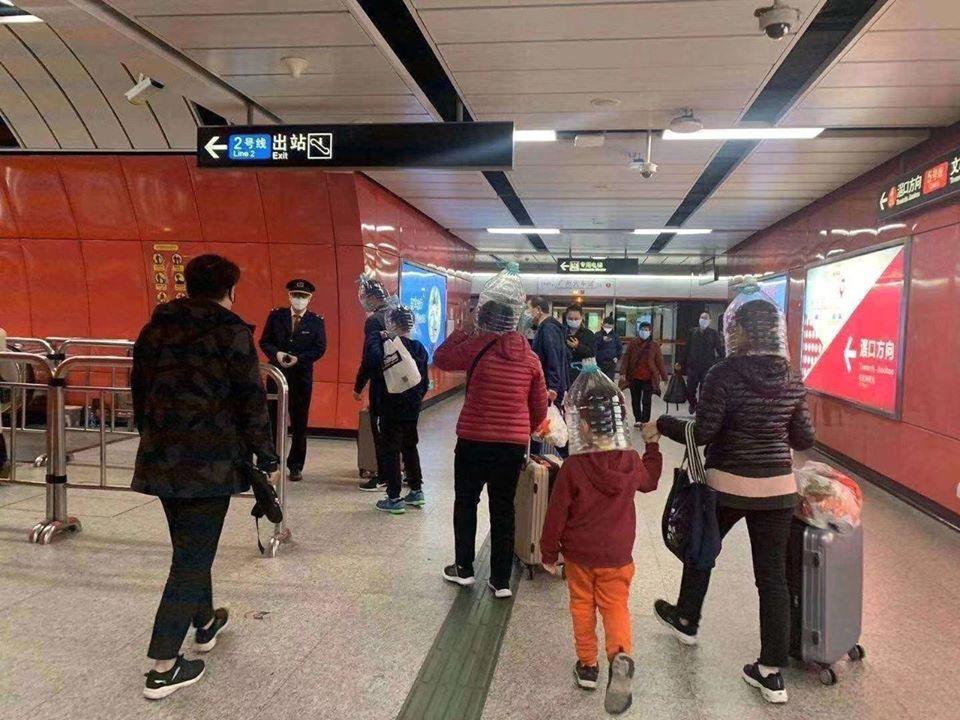 как китайцы спасаются от коронавируса