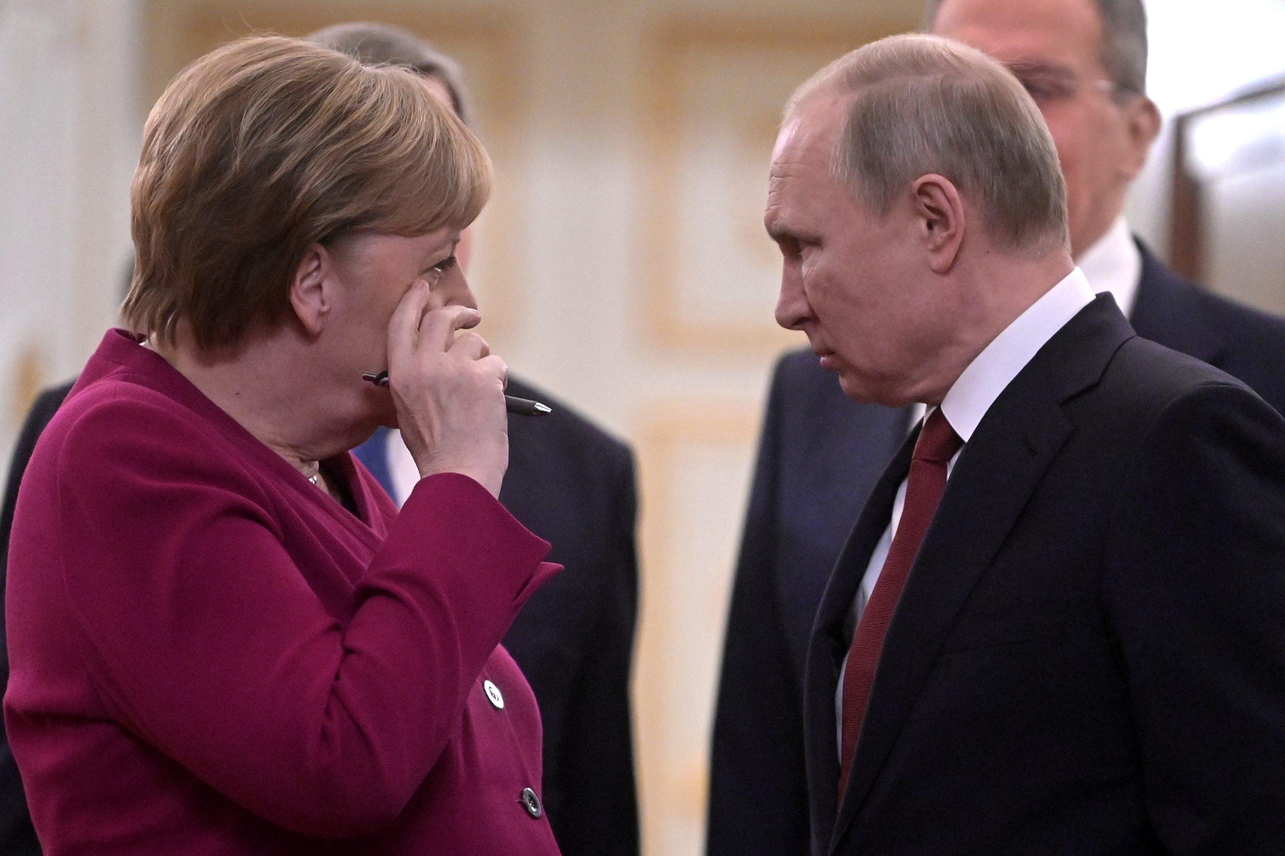 Путін Меркель