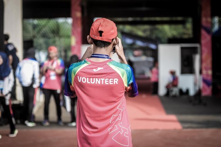 Як стати волонтером в іншій країні