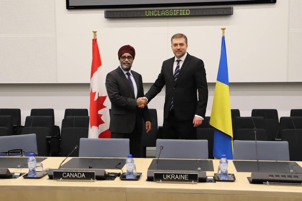Загороднюк зустрівся з міністром оборони Канади