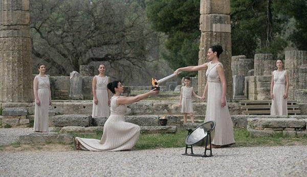 Олімпійський вогонь греція