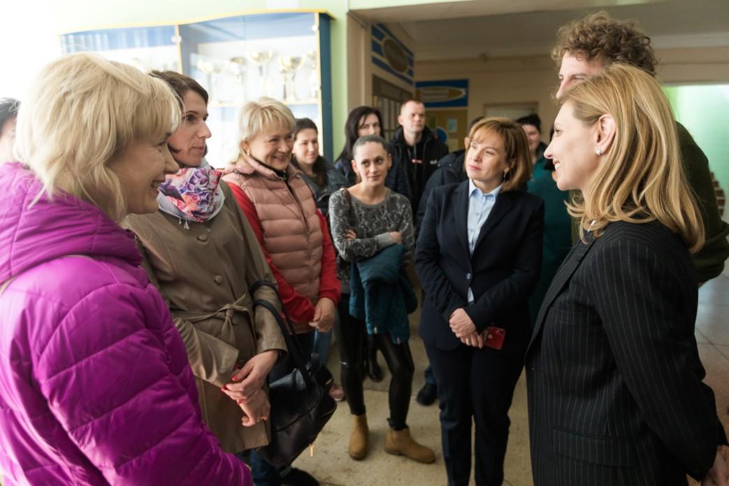 Дружина Зеленського відвідала школи Київської області
