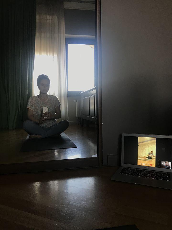 Олена Ведмідь. Йога онлайн