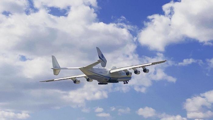 Літак Ан-225