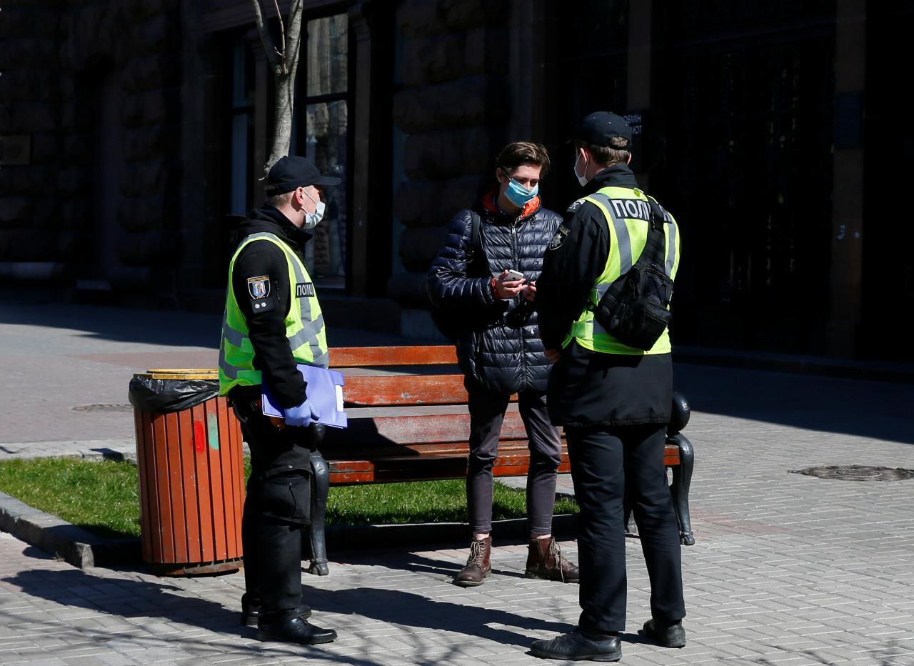 поліція карантин