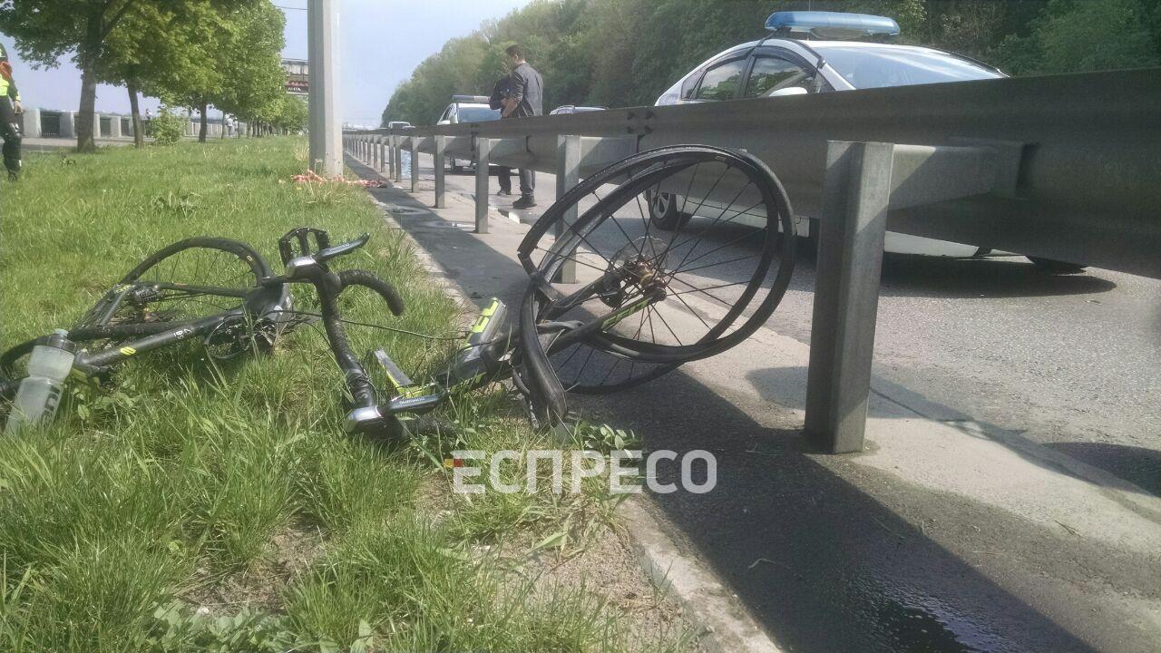 У Києві авто збило велосипедиста, він у комі