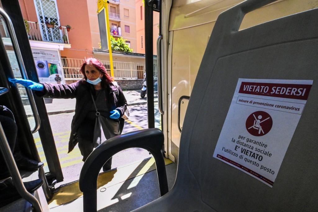 громадський транспорт карантин італія