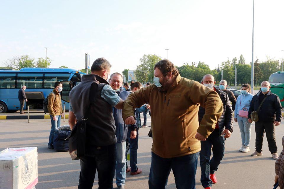 Українські полярники повернулися додому з Антарктиди