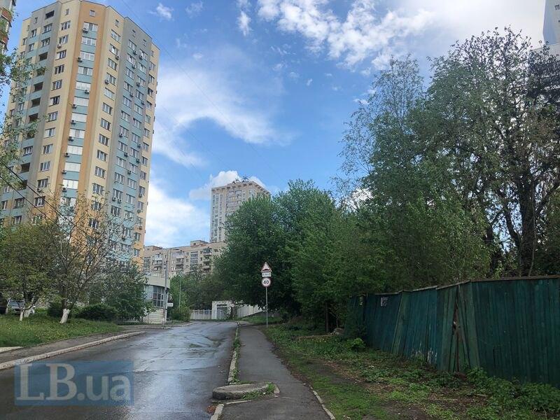 У Києві спалили намет, в якому жили роми