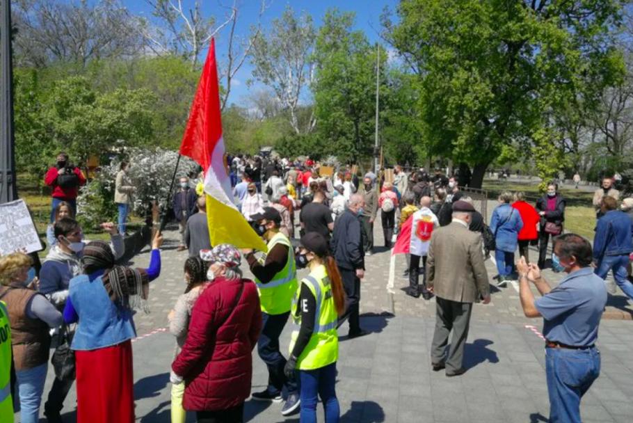 В Одесі поліція й активісти зупинили автопробіг ОПЗЖ до 9 травня