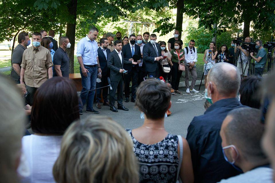 Вибух на Позняках: постраждалим видали перші 12 квартир