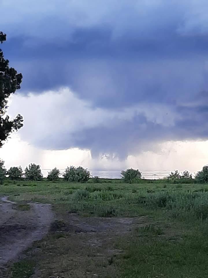 торнадо херсонщина