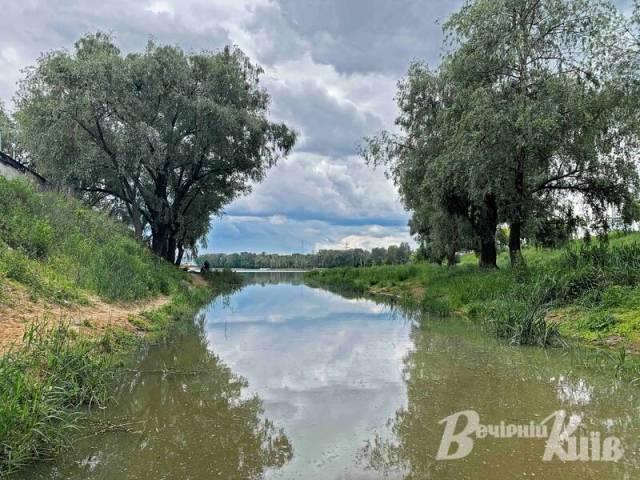 У Києві вперше мешканці встановлять саморобні очисні споруди на озері