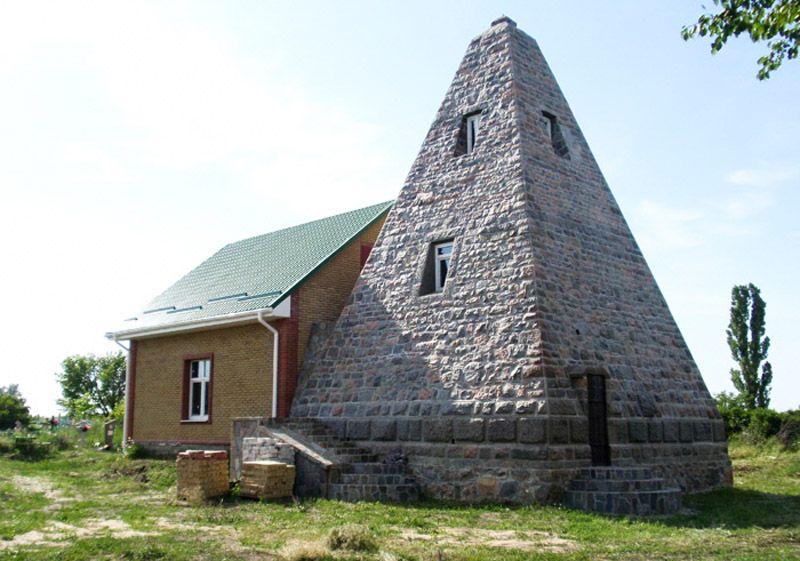 Піраміда Білевичів