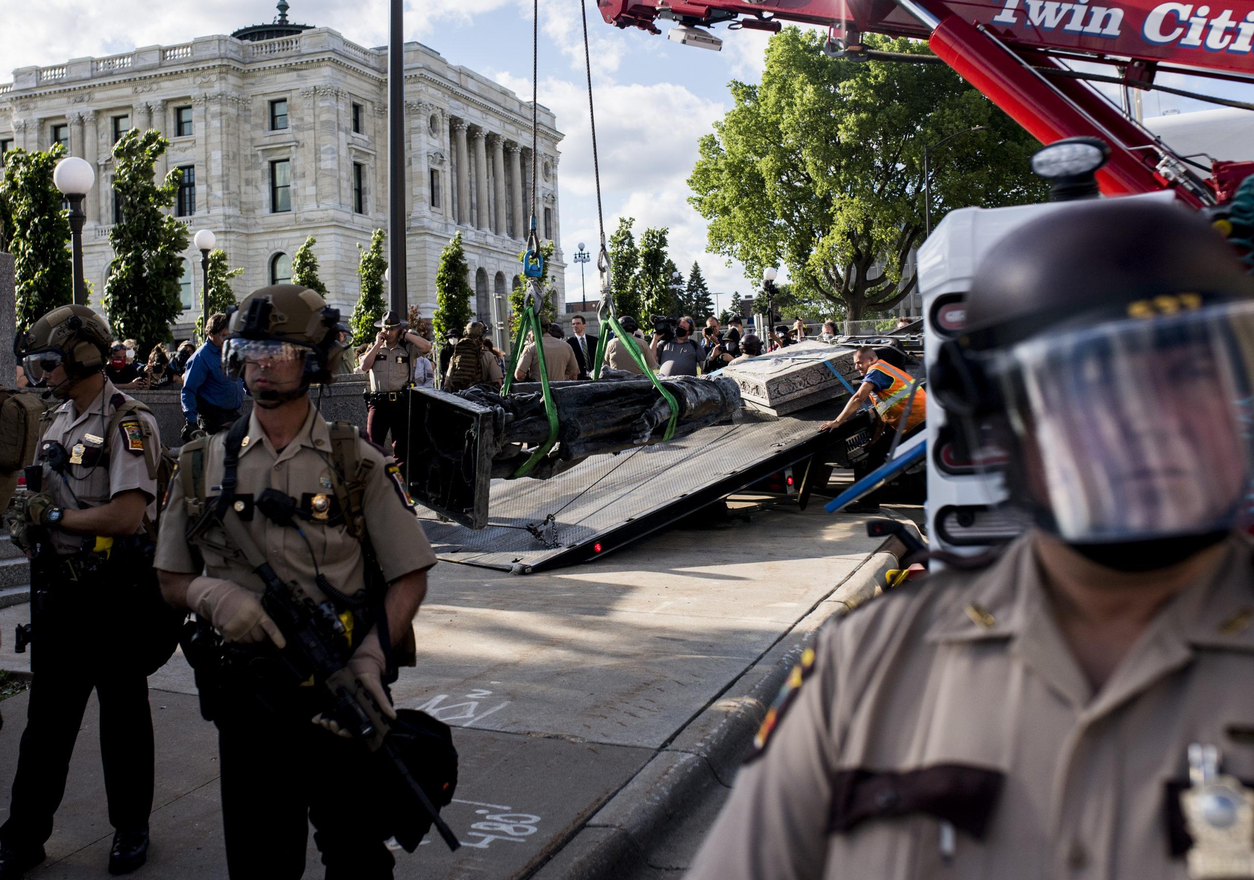 США протести і вибори