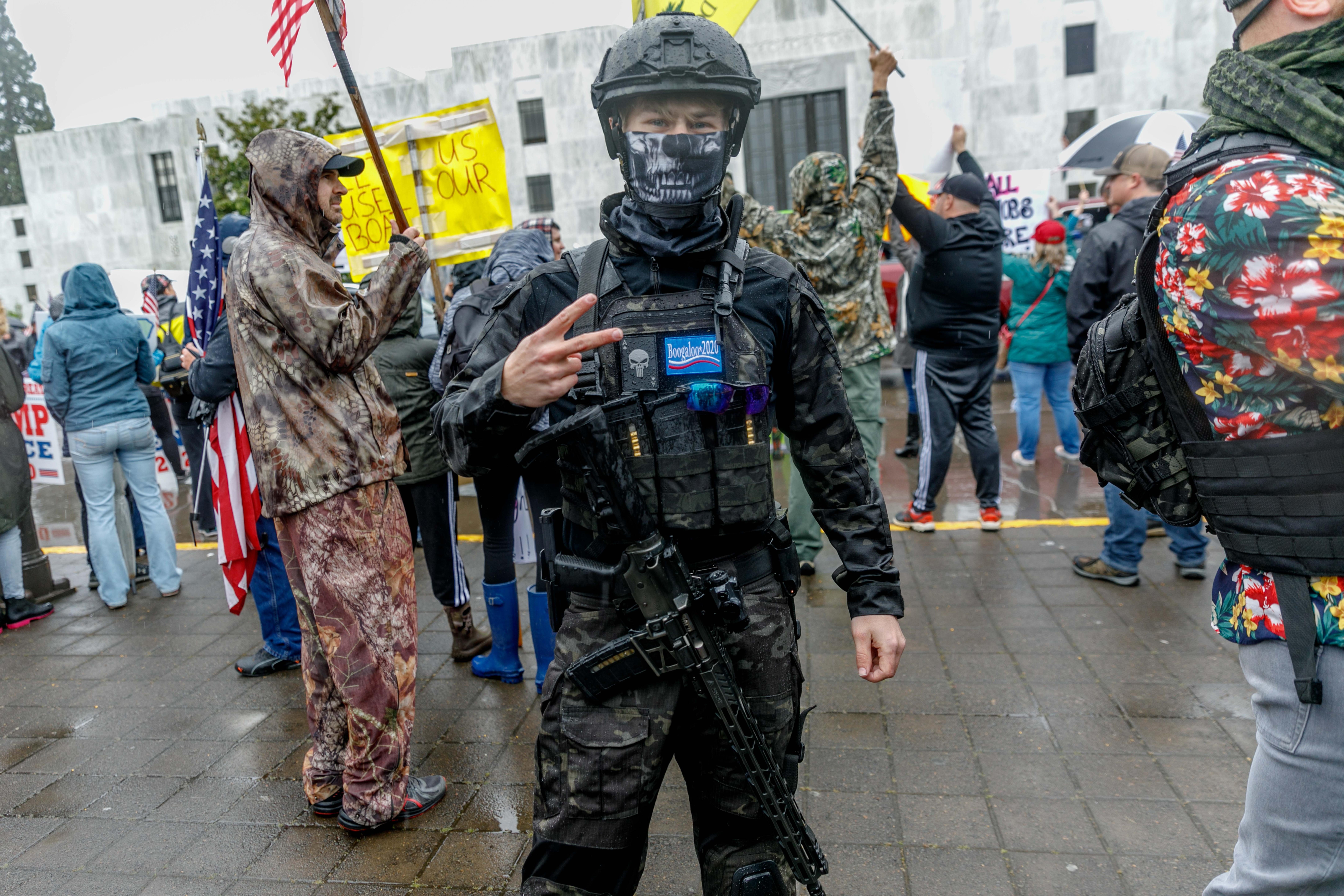 Зброя у цивільних