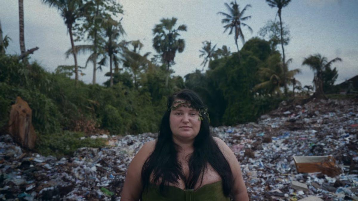 Alyona Alyona представила кліп про проблеми екології: відео