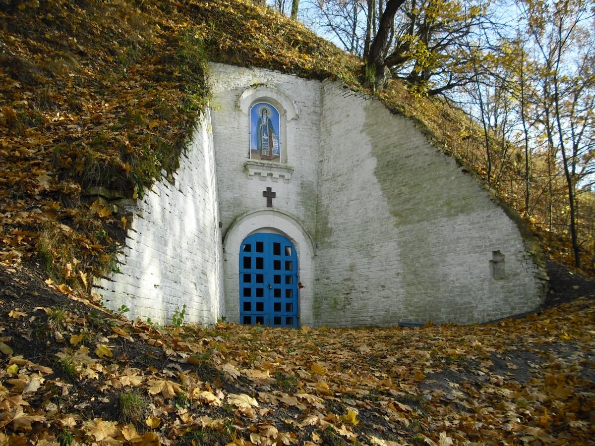Чернігів. Антонієві печери
