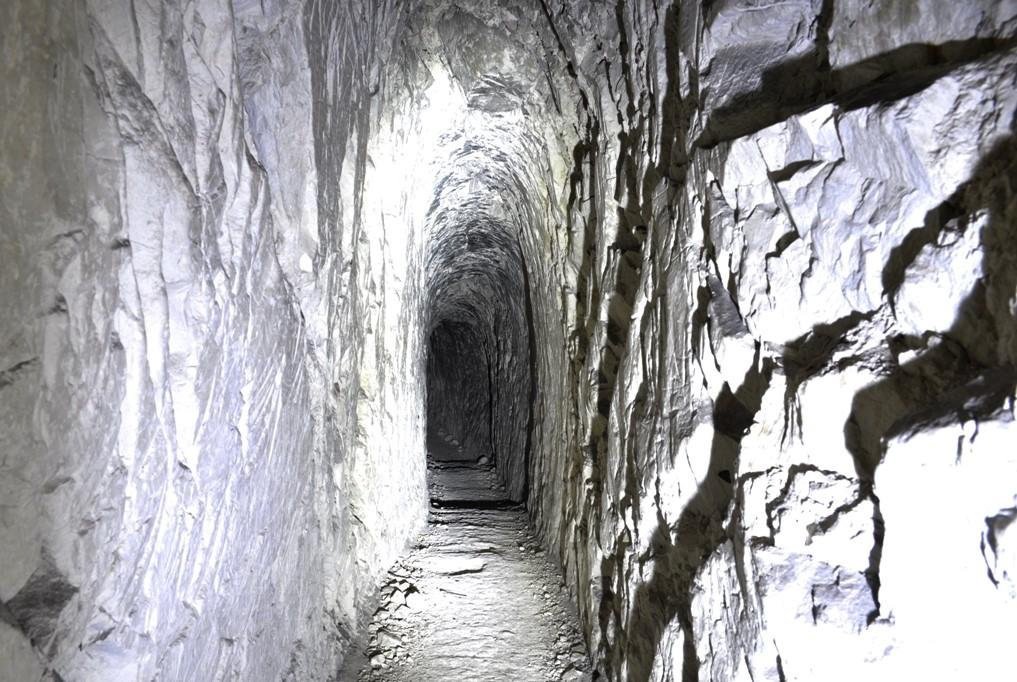 Печерний скитський монастир