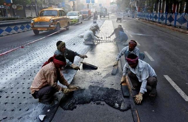 пластикові дороги індія