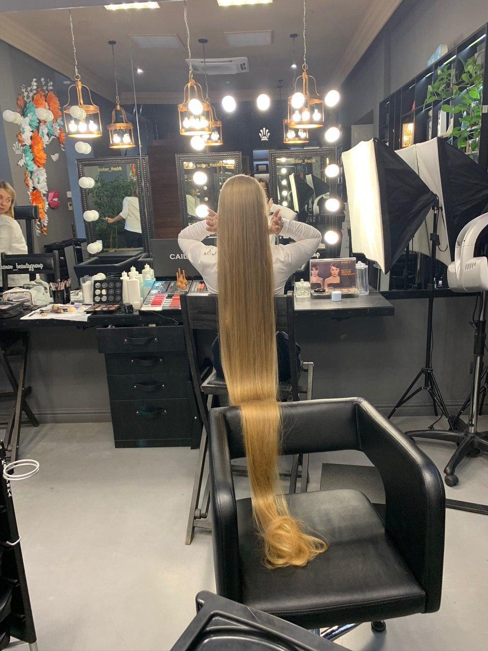 Найдовше волосся світу — в 17-річної українки