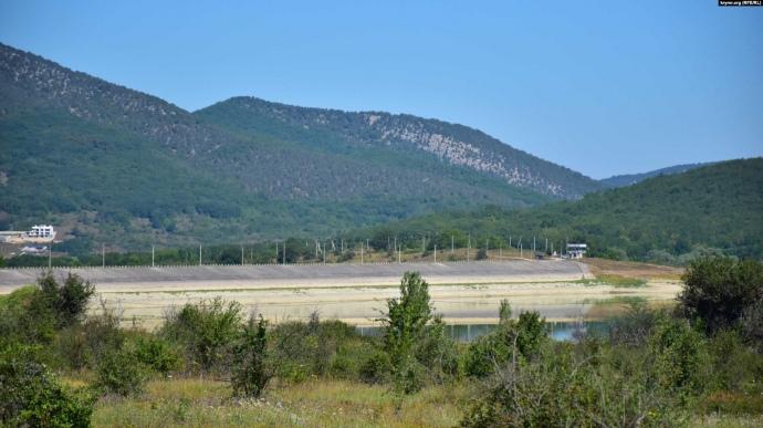 У Криму висихають водосховища, окупанти шукають воду