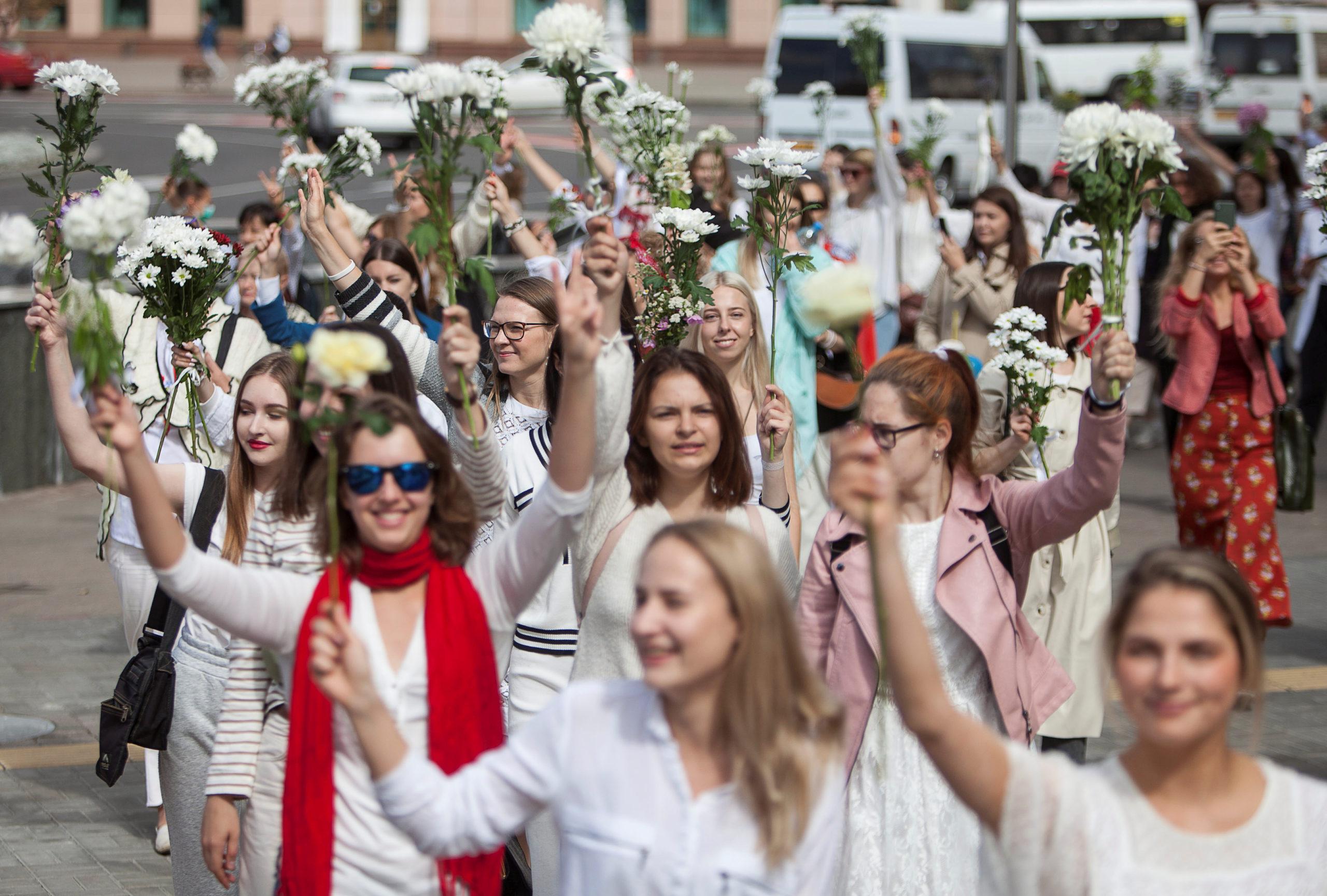 Як допомогти протестам у Білорусі