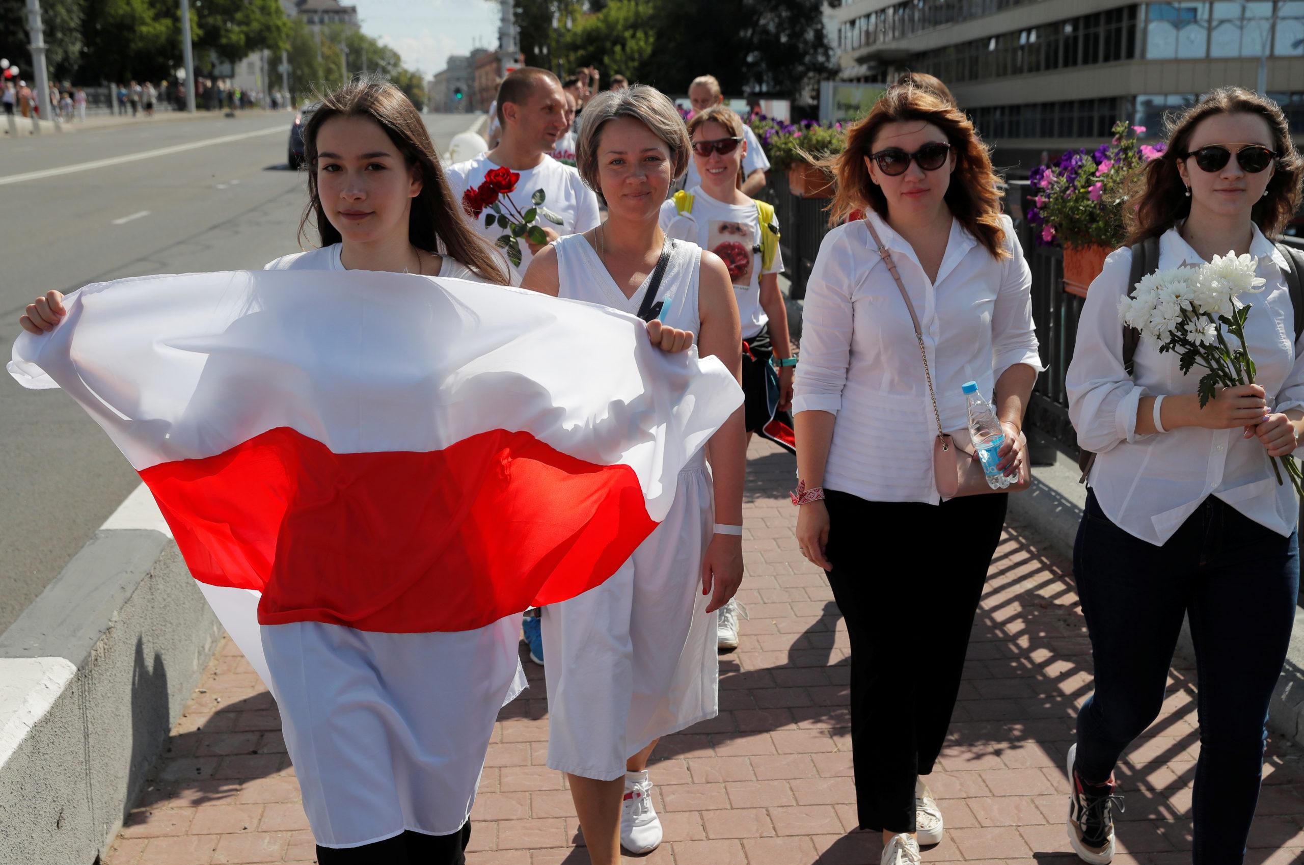 У Мінську ланцюг солідарності зібрав близько 100 тисяч людей