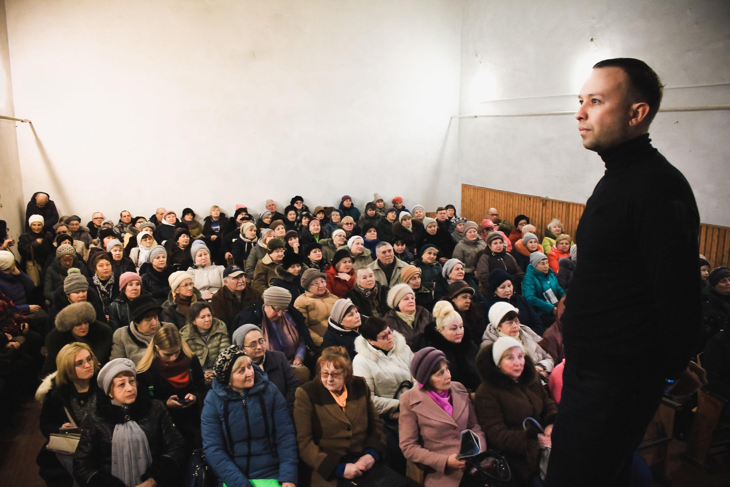 Предприниматель из Бердянска создал фонд, чтобы сделать жизнь пенсионеров в своем городе интересной