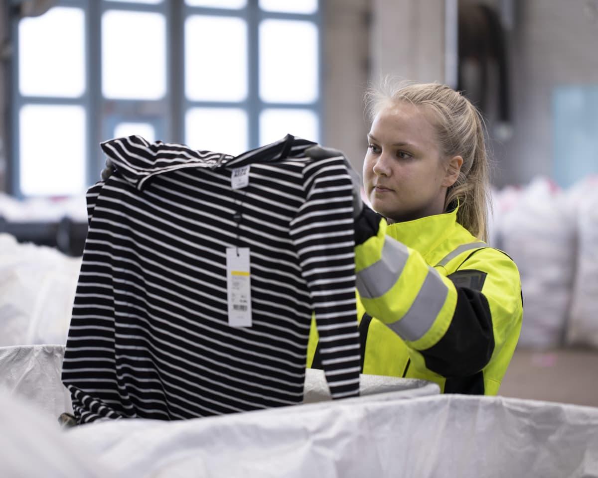 У Фінляндії будують перший у Європі завод для переробки побутового текстильного сміття