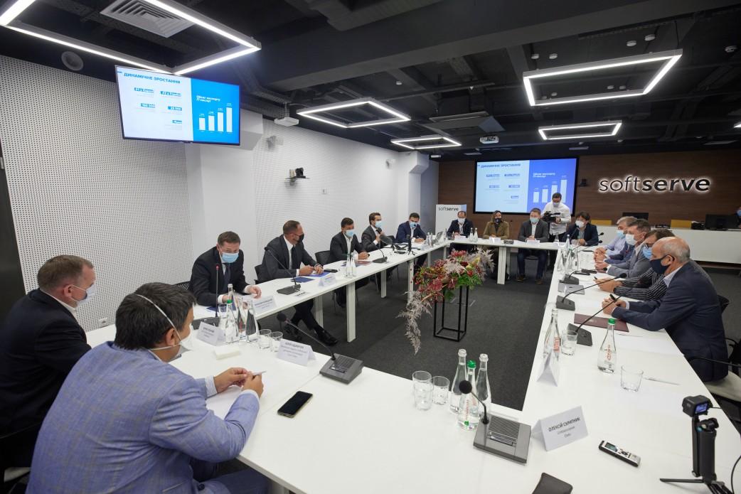 Зеленський виступає за збереження податкової ставки для ІТ на рівні 5%